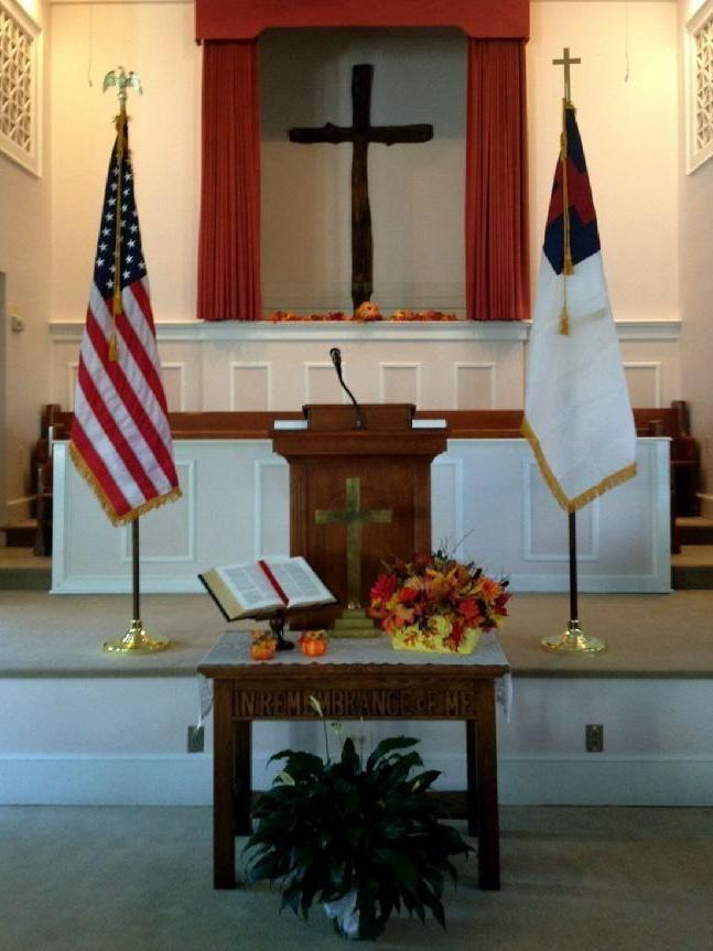 INDOOR FLAGS FOR CHURCH BY BALD EAGLE FLAG STORE DIVISION OF BALD EAGLE INDUSTRIES 540-374-3480 PHOTOGRAPH BY BALDEAGLEINDUSTRIES.COM