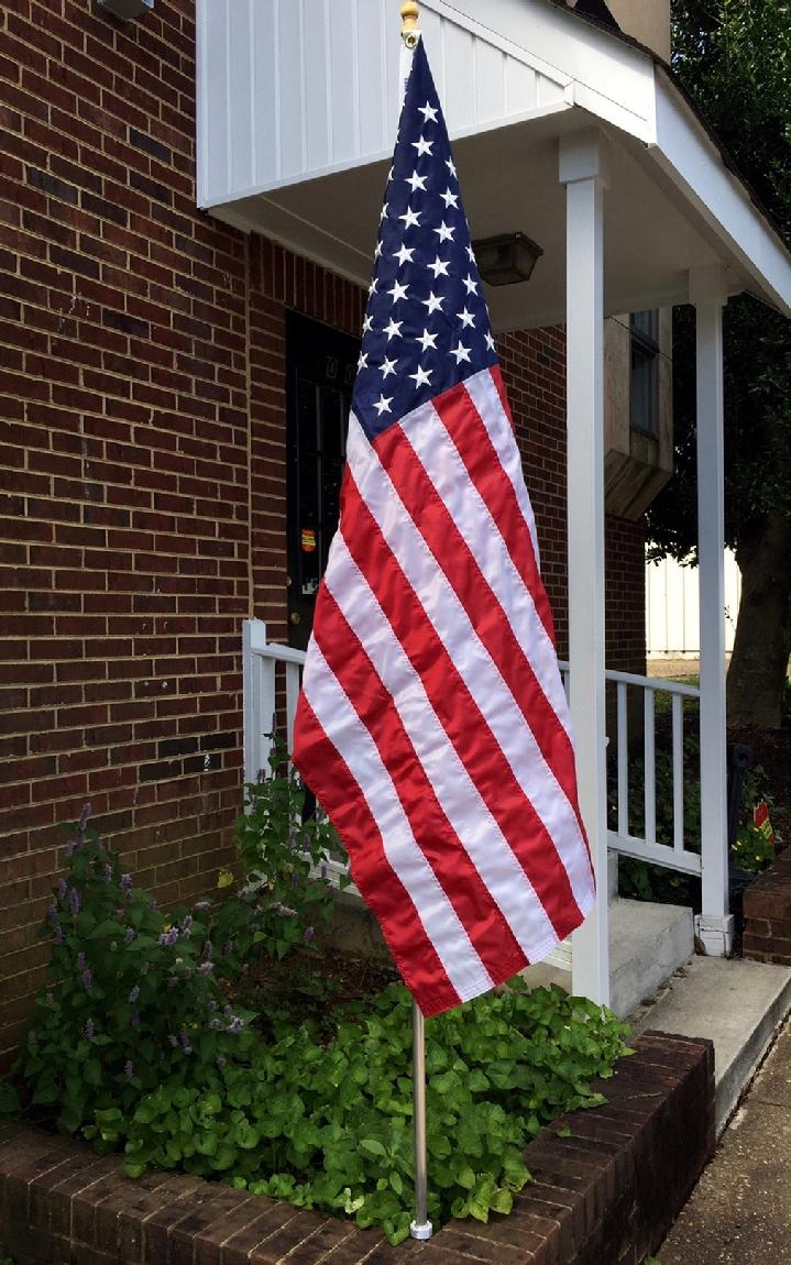 AMERICAN FLAG AND FLAGPOLE MADE IN USA FROM BALD EAGLE FLAG STORE DIVISION OF BALD EAGLE INDUSTRIES FREDERICKSBURG VIRGINIA USA