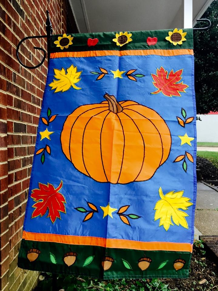 BEAUTIFUL FULLY SEWN APPLIQUÉ LARGE PUMPKIN FLAG FALL LEAVES FLAG FROM BALD EAGLE INDUSTRIES AND BALD EAGLE FLAG STORE FREDERICKSBURG VIRGINIA CALL 540-374-3480 OR VISIT OUR WEB-SITE AT BALDEAGLEINDUSTRIES.COM