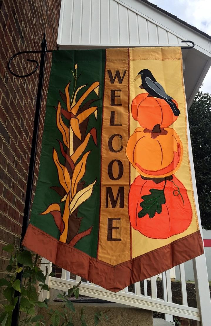 DELUXE APPLIQUE FALL WELCOME FLAG AND LARGE FLAG STAND FROM BALD EAGLE FLAG STORE FREDERICKSBURG VA USA (540) 374-3480 PHOTOGRAPH BY BALDEAGLEINDUSTRIES.COM