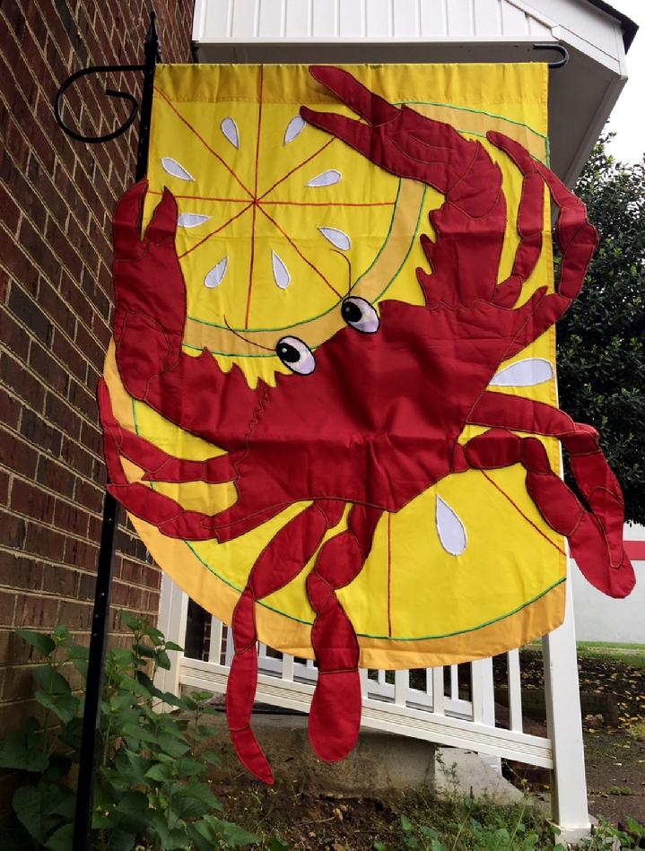VERY RARE LARGE RED CRAB FLAG DELUXE 3D CRAB FLAG DOUBLE SIDED CRAB FLAG BY BALD EAGLE FLAG STORE FREDERICKSBURG VA USA, PHOTOGRAPH BY BALDEAGLEINDUSTRIES.COM (540) 374-3480