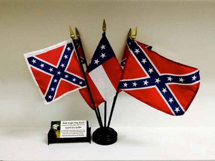 HISTORICAL CONFEDERATE FLAG SALES BY BALD EAGLE FLAG STORE FREDERICKSBURG VIRGINIA USA, 540-374-3480 PHOTOGRAPH BY BALDEAGLEINDUSTRIES.COM