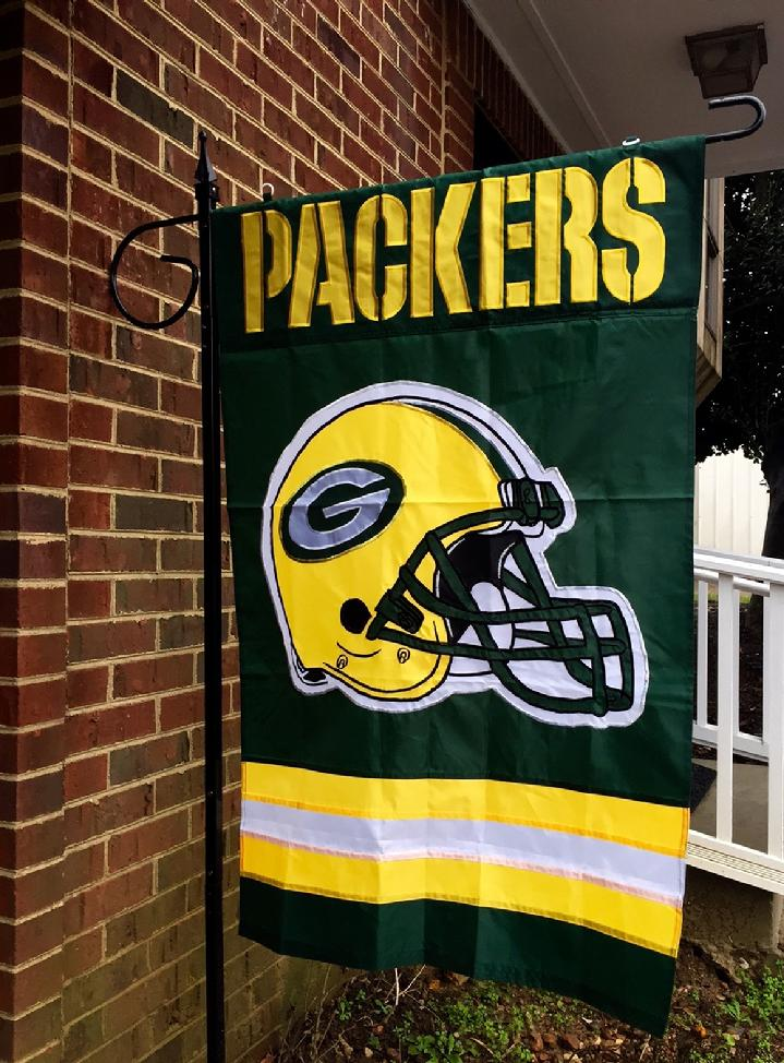 LARGE FLAG STAND AND GREEN BAY PACKERS FLAG BY BALD EAGLE FLAG STORE FREDERICKSBURG VA USA (540) 374-3480 QUALITY FLAGS, FLAGPOLES AND FLAG PRODUCTS SINCE 1979