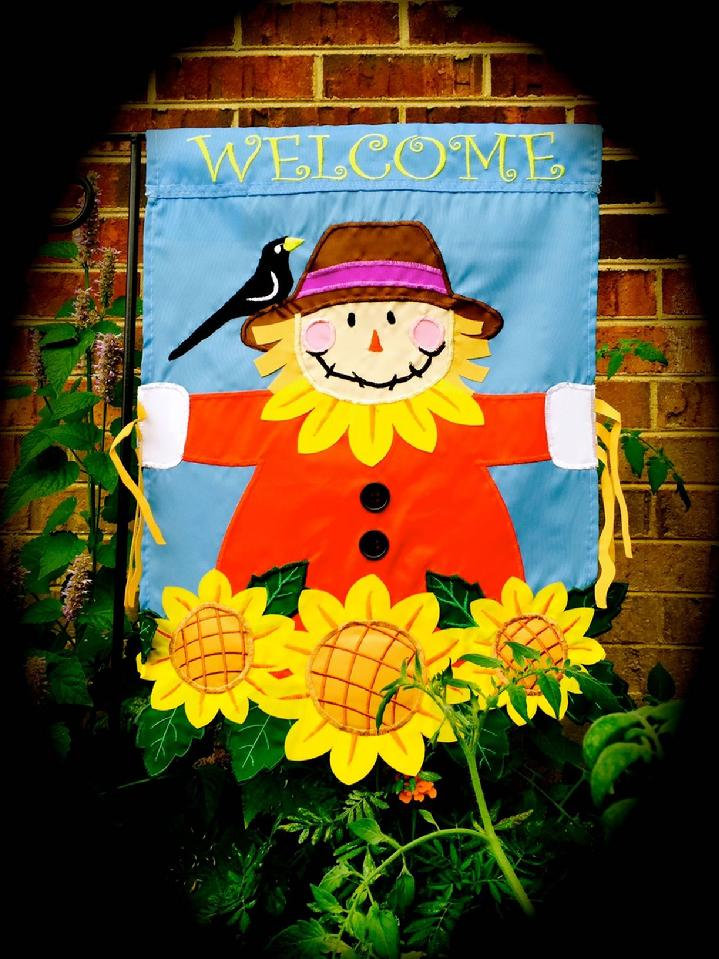 SCARECROW FLAG FALL GARDEN FLAG BY BALD EAGLE FLAG STORE serving Fredericksburg, Richmond, Hampton, Newport News, Norfolk, Va Beach, Arlington, Alexandria, Fairfax, Springfield, Woodbridge, Quantico, Stafford, 540-374-3480 BALDEAGLEINDUSTRIES.COM