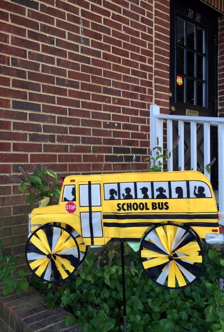 SCHOOL BUS FOR SALE BY BALD EAGLE FLAG STORE FREDERICKSBURG VA USA 540-374-3480 PHOTOGRAPH BY BALDEAGLEINDUSTRIES.COM