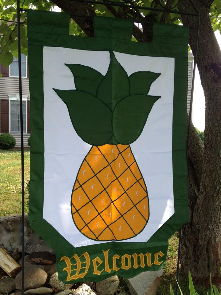 COLONIAL PINEAPPLE WELCOME FLAG BY BALD EAGLE FLAG STORE FREDERICKSBURG VA (540) 374-3480 BALDEAGLEINDUSTRIES.COM flag store serving richmond, hampton, newport news, norfolk, va beach, arlington, alexandria, fairfax, winchester, harrisonburg, roanoke, charlottesville, culpeper, warrantor, manses, haymarket, manses, woodbridge, stafford, quantize marine corps base